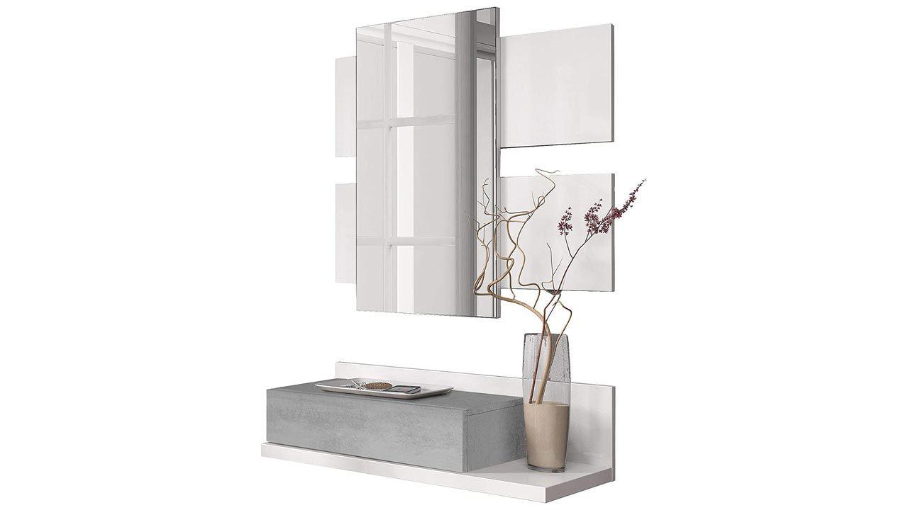 Un meuble d'entrée gris avec miroir