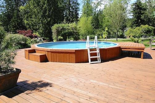 echelle-piscine-hors-sol