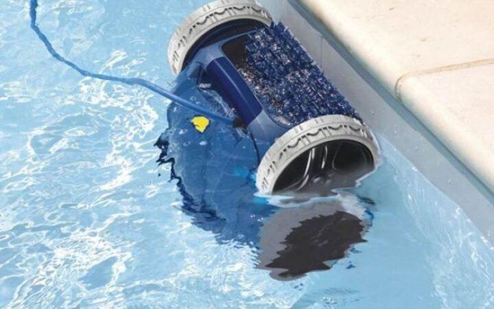 quest-ce-quun-robot-nettoyeur-de-piscine